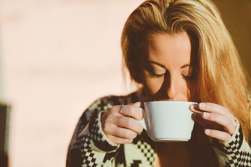 womanコーヒー
